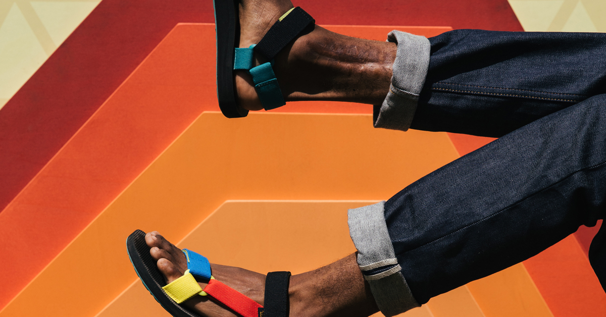 TEVA LOOKS TOWARDS A SUSTAINABLE FUTURE AS OF 2020, 100% OF TEVA'S ICONIC STRAPS ARE MADE USING RECYCLED PLASTIC